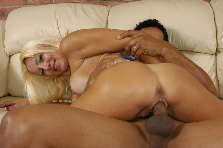 image Cowgirl milf rides baloney pony to big o ranch