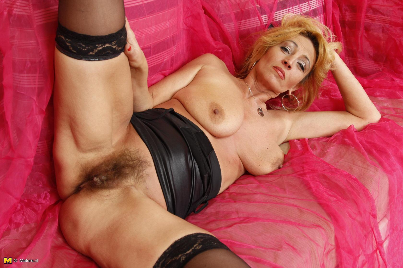 lyubimoy-zhene-eroticheskie