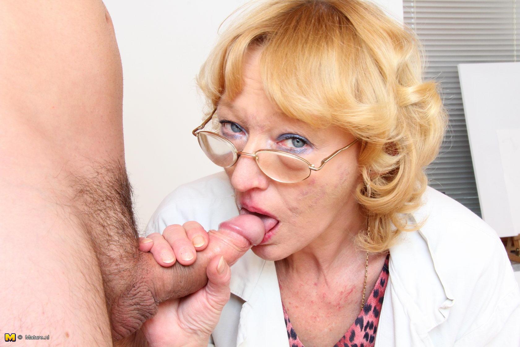 Nude Older Mature Women