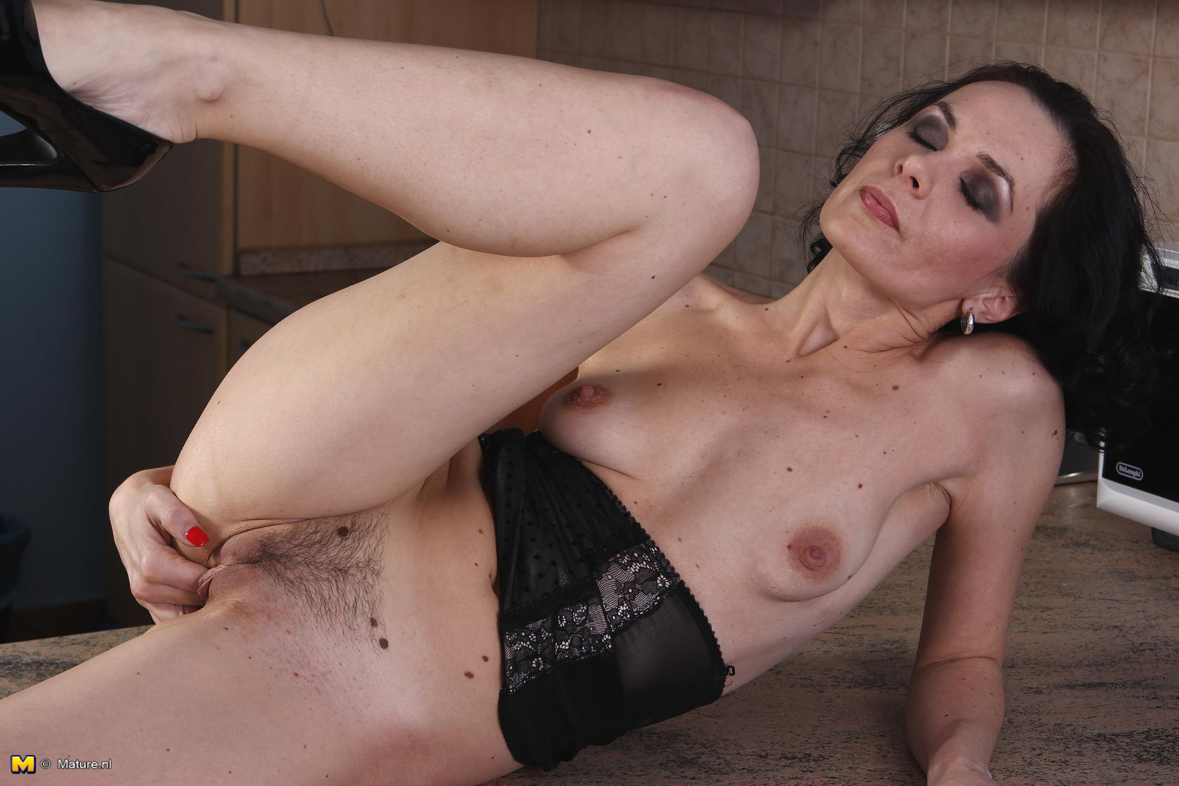 click here to see more at mature nl click here to see more at mature